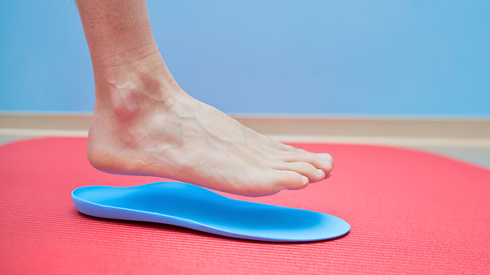 Foot with orthotics insert